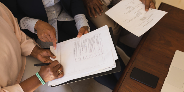 Commercial Property Solicitors - Signing Paperwork - Nash & Co Solicitors